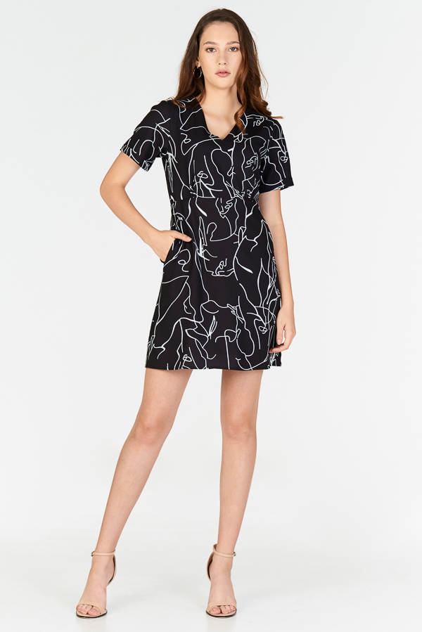Enila Abstract Printed Dress