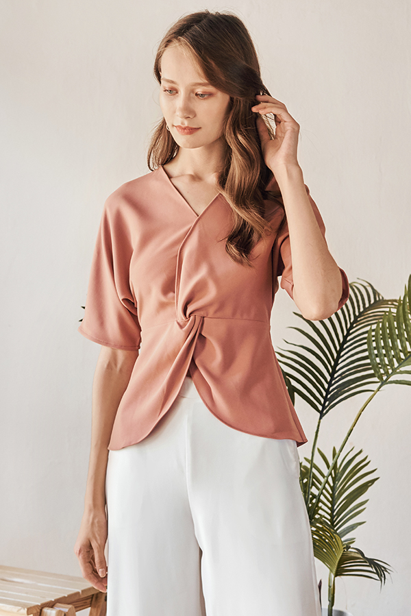Rifla Knotted Top in Pink