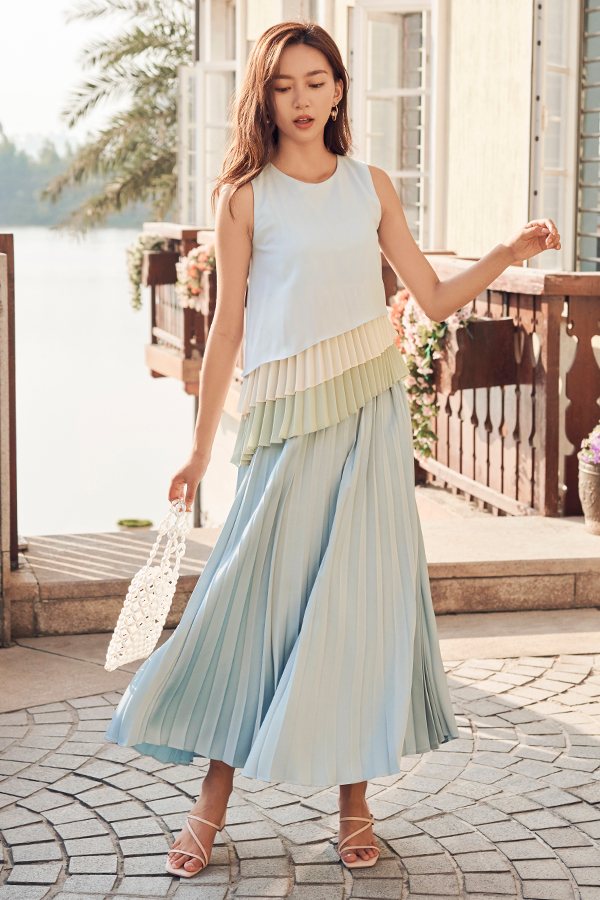 Arella Pleated Maxi Skirt in Sky Blue