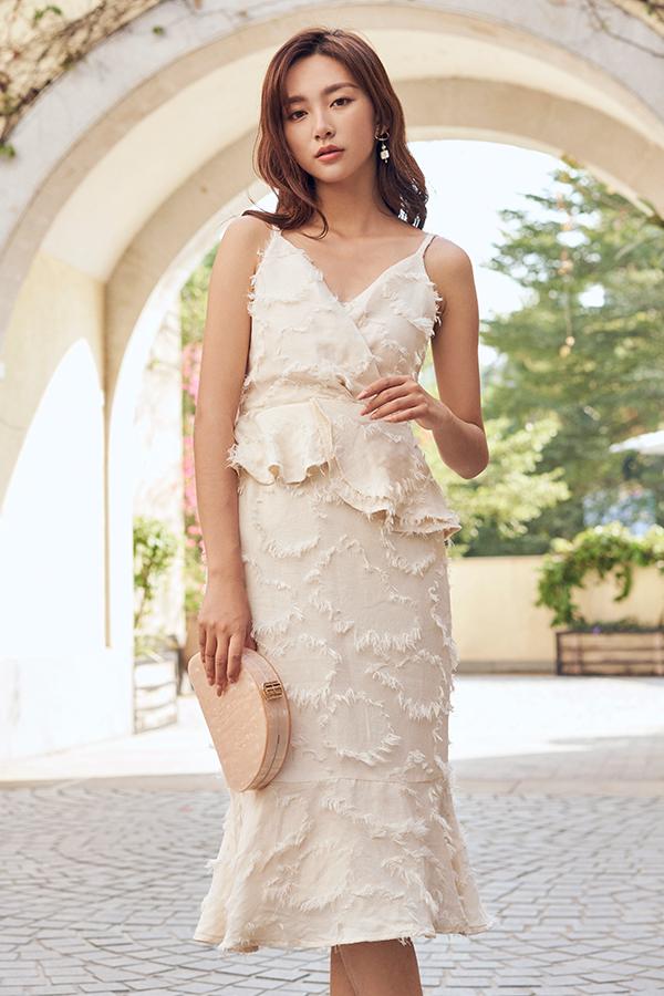 Maleia Textured Dress in Cream