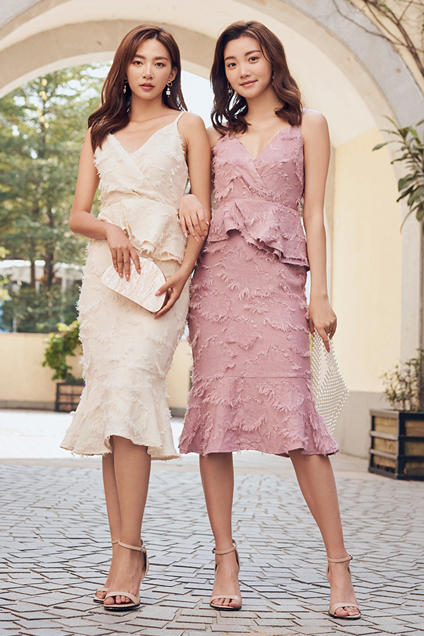 Maleia Textured Dress in Dusty Pink
