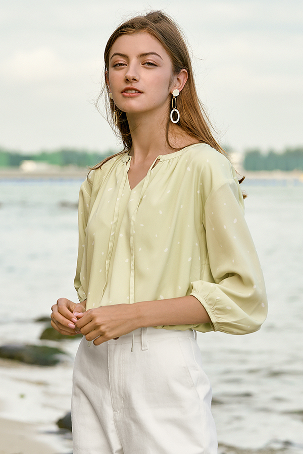 Maude Top in Green Lily