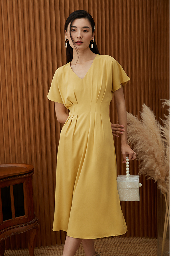 Carinne Midi Dress in Daffodil